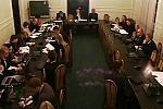 Obraz z kamery w trakcie posiedzenia komisji sejmowej