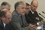 Zebrani w czasie debaty u Pana Prezydenta w dniu 5 maja 2011 r.