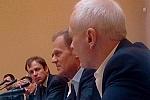 Premier Tusk oraz Minister Boni na spotkaniu ze środowiskiem internetowym